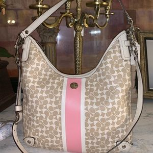 Coach F15136 beige and pink